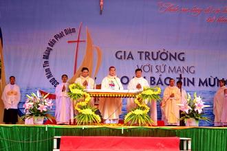 Mừng lễ Thánh Giuse quan thày giới Gia trưởng, và kỷ niệm 390 năm Tin Mừng đến Phát Diệm.