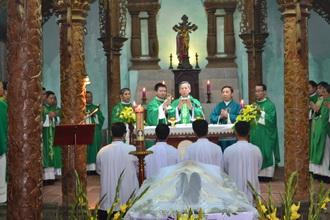 Thánh lễ cầu cho Cha cố Phêrô Trần Cao Vọng, và nghi thức nhập quan
