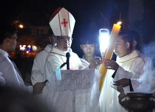 Hình ảnh Lễ Vọng Phục Sinh năm 2018, tại Nhà thờ Chính Tòa Phát Diệm