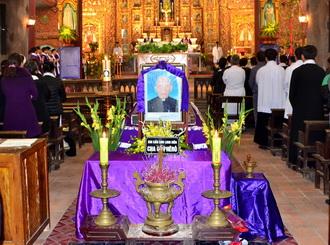 Lễ an táng Cha cố Phêrô Trần Cao Vọng
