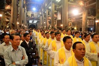 Linh mục đoàn giáo phận Phát Diệm kết thúc tuần tĩnh tâm năm 2017