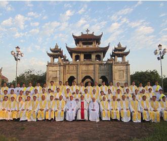 Bế mạc kỳ tĩnh tâm năm của linh mục đoàn Phát Diệm