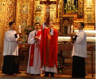 Tuần Thánh tại Phát Diệm