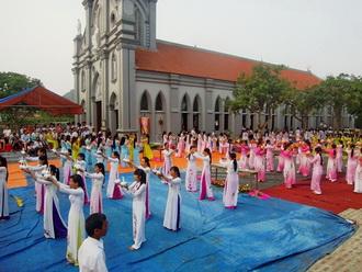 Giáo xứ Bạch Liên - bế mạc Tháng Hoa