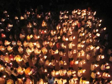 Giới trẻ xứ Bạch Liên, Quảng Nạp, Hải Nạp cầu nguyện Taizé tháng tám