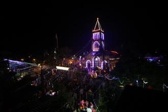 Quảng Nạp tràn ngập không khí Giáng Sinh 2016