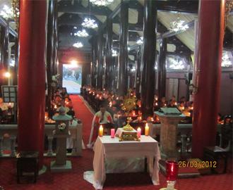 Giờ thánh cầu nguyện cho sự sống, tại giáo xứ Cách Tâm