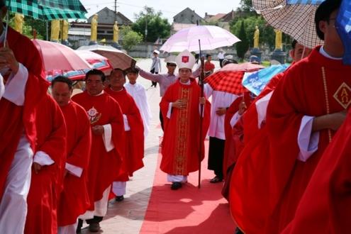 Giáo xứ Cách Tâm và Xuân Hồi đón cha xứ Phêrô Nguyễn Hồng Phúc