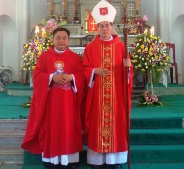 Giáo xứ Đồng Chưa đón cha tân chính xứ Phêrô Vũ Đại Đồng