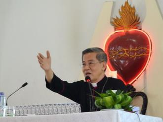 Giáo xứ Phúc Lai: Đức Cha giáo phận kinh lý và ban Bí tích Thêm Sức