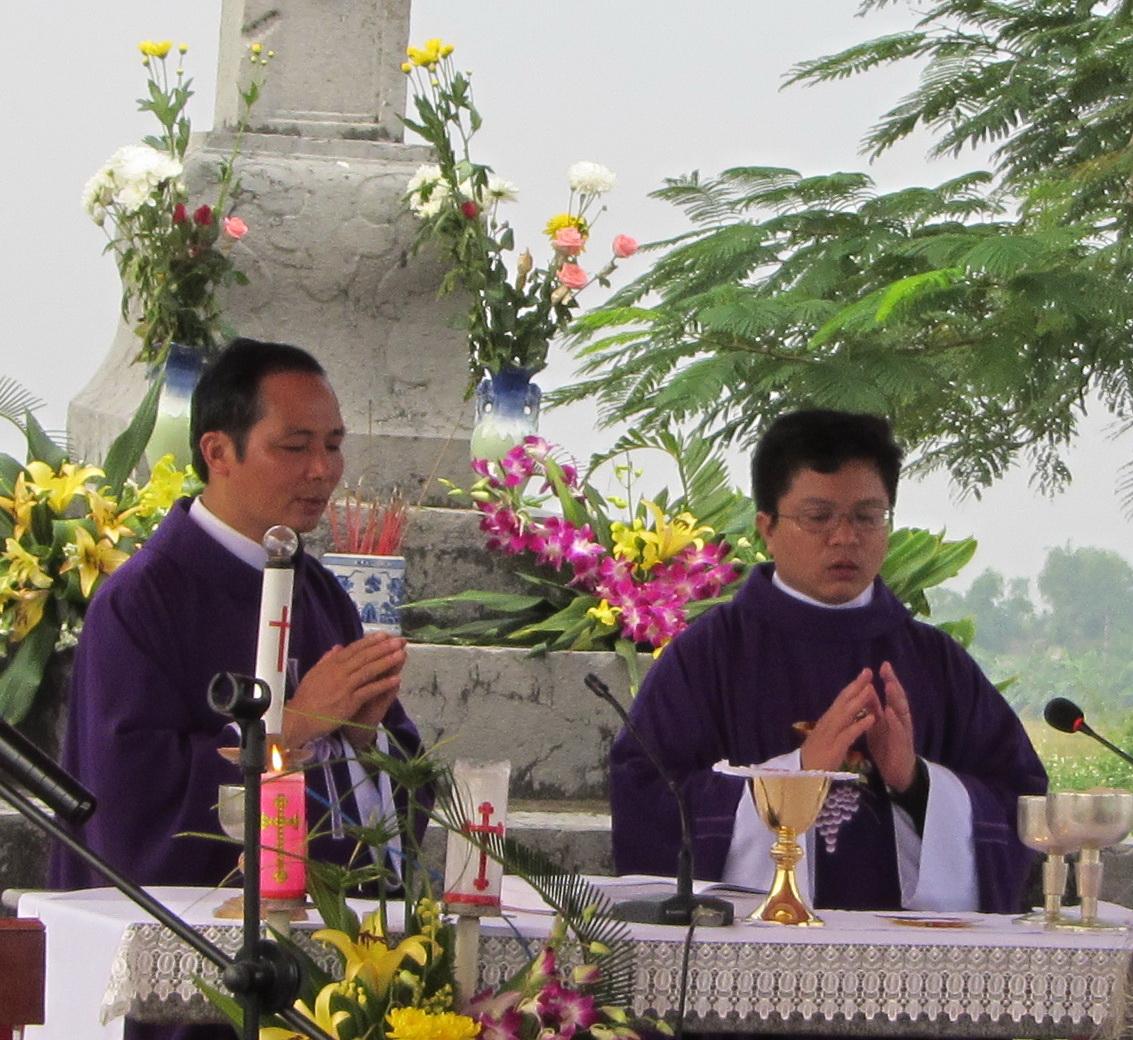 Thánh lễ cầu cho các linh hồn, năm 2011
