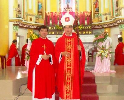 Giáo xứ Nam Biên đón cha xứ mới