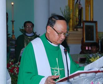 Giáo xứ Phú Hậu đón cha xứ Phêrô Trần Văn Vũ