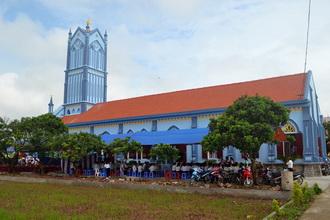 Thánh lễ tạ ơn mừng 80 năm xây dựng và trùng tu nhà thờ giáo họ Tuy Định