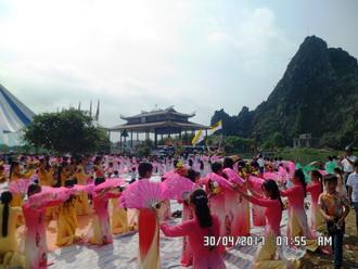 Giáo hạt Vô Hốt khai mạc Tháng hoa kính Đức Mẹ, năm 2017