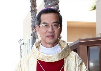 GP Phát Diệm : Thánh lễ truyền chức linh mục và mừng ngân khánh 25 năm linh mục Đức Cha giáo phận