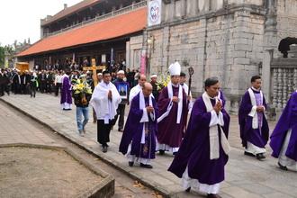 Thánh lễ an táng cha cố Phêrô Trần Văn Vũ