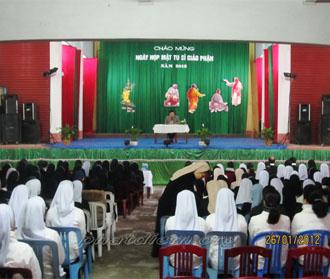 Tu sĩ Phát Diệm họp mặt mừng xuân Nhâm Thìn
